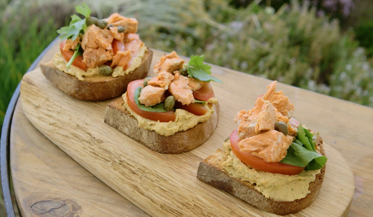 salmon and hummus bruschetta